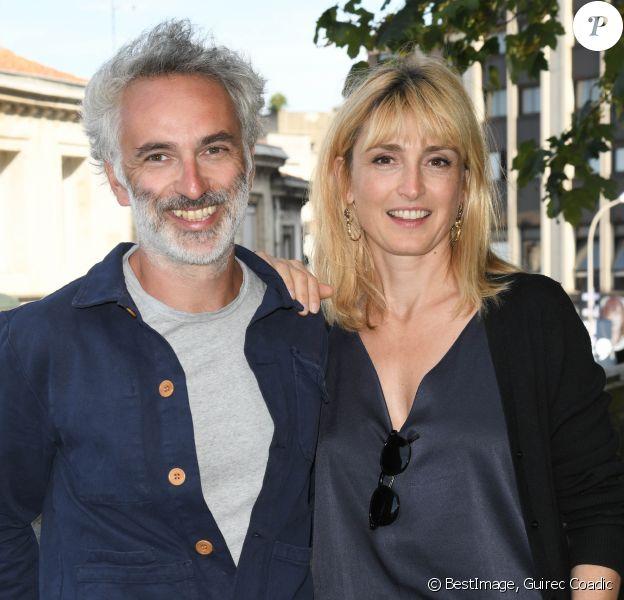Vincent Delerm et Julie Gayet lors de la 12ème édition du festival du Film d'Angoulême, le 21 août 2019. © Guirec Coadic/Bestimage