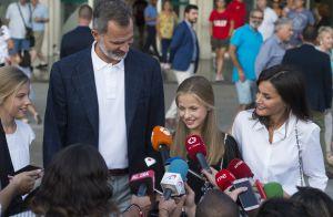 Leonor et Sofia d'Espagne : Visite et cadeau à leur papy Juan Carlos à l'hôpital
