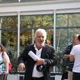 """Pierre Arditi arrive à l'enregistrement de l'émission """"Vivement Dimanche Prochain"""" au studio Gabriel à Paris, France, le 28 août 2019."""