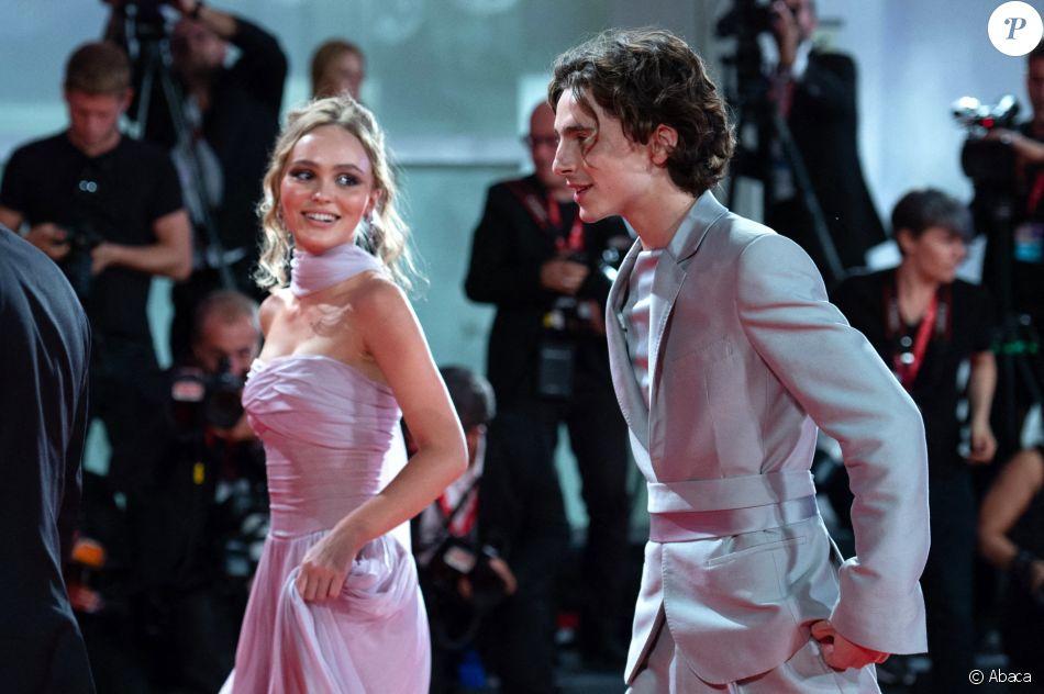 Lily-Rose Depp et Timothée Chalamet à Venise : regards