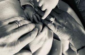 Ana Ivanovic : Son adorable photo de famille juste après l'accouchement