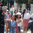 Exclusif - Zofia Borucka, Jade et Joy Hallyday - Laeticia Hallyday et ses filles Jade et Joy à Disneyland Paris avec la nounou Sylviane, le 26 juin 2019.