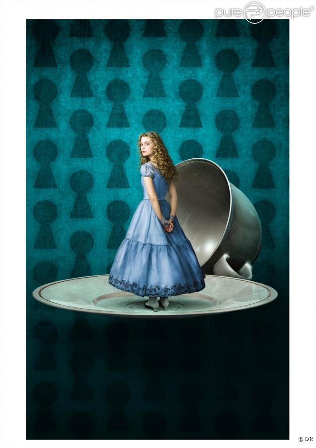 "Mia Wasikowska est Alice, dans ""Alice in Wonderland"", de Tim Burton !"