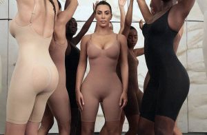 Kim Kardashian : Sa marque de gaines engendre des millions en quelques minutes