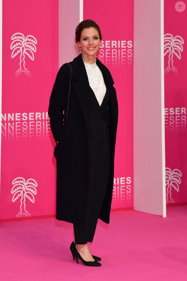 """Elodie Varlet au photocall du deuxième jour de la 2ème édition du """"Canneseries"""" au palais des Festivals à Cannes, France, le 6 avril 2019. © Bruno Bébert/Bestimage"""