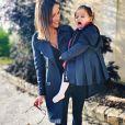 Julia Paredes complice avec sa fille Luna avant d'aller à l'école, le 10 septembre 2019, sur Instagram