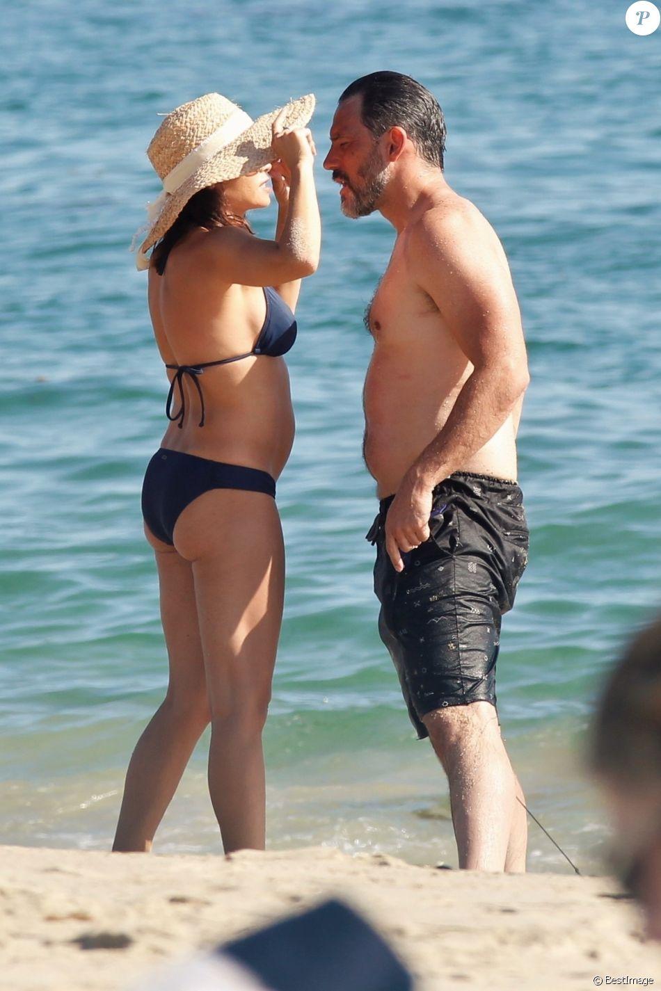 Exclusif - Jenna Dewan passe la journée à la plage avec son compagnon Steve Kazee et sa fille Everly Tatum sur une plage de Los Angeles. Le 30 août 2019