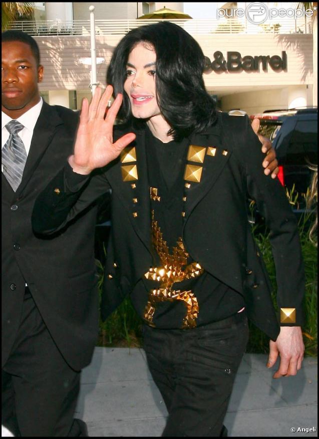 La Toya Jackson le clone de son fère Michael...