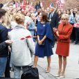 La première dame Brigitte Macron et la princesse Mary de Danemark visitent le Lycée Rysensteen à Copenhague, Danemark, le 29 août 2018. La Première Dame et la princesse sont allées à la rencontre des édudiants. Le couple présidentiel effectue une visite d'Etat de deux jours au Danemark. © Dominique Jacovides/Bestimage