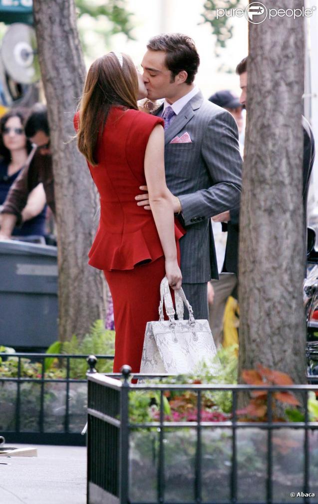 """Leighton Meester et Ed Westwick sur le tournage de la troisième saison de """"Gossip Girl"""", dans l'Upper Westside, à New York, le 13 juillet 2009 !"""