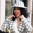 Cardi B quitte le défilé de mode Chanel lors de la fashion week et va faire du shopping dans la boutique Bonpoint à Paris le 1er octobre 2019.