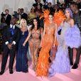 """Corey Gamble, Kris Jenner, Kim Kardashian, Kanye West, Kendall Jenner, Kylie Jenner et Travis Scott à la 71ème édition du MET Gala (Met Ball, Costume Institute Benefit) sur le thème """"Camp: Notes on Fashion"""" au Metropolitan Museum of Art à New York, le 6 mai 2019."""