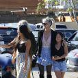 """Laeticia Hallyday, ses filles Jade et Joy, sa mère Françoise Thibaut - Le prince Emmanuel-Philibert de Savoie est au volant de la voiture """"Shelby Cobra"""" sport de Johnny avec Laeticia Hallyday direction le restaurant SoHo House de Malibu en famille à Los Angeles, le 3 novembre 2019."""