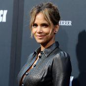 """Halle Berry, 53 ans, choque ses fans avec ses nouveaux abdos """"qui déchirent"""""""