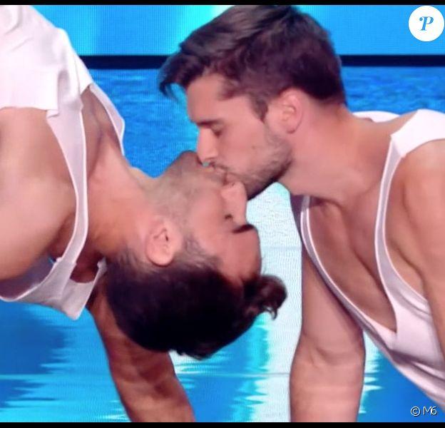 """Arthur et Guillaume - """"La France a un incroyable talent 2019"""" sur M6. Le 19 novembre 2019."""