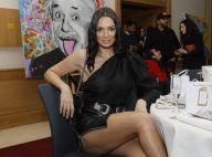 Emilie Nef Naf : Sexy en jupe moulante face à Anthony Colette