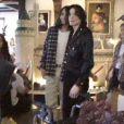 Michael Jackson fêtant Noël en 1999 dans son ranch de Neverland : Omer/Matthew est à droite