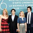"""Laura Dern, Noah Baumbach, Scarlett Johansson et Adam Driver - Photocall du film """"Marriage Story"""" pendant la 76e édition de la Mostra de Venise, le 29 août 2019."""