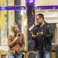 Exclusif - Tori Spelling et son mari Dean McDermott sortent d'un cinéma à Calabasas le 9 novembre 2018.