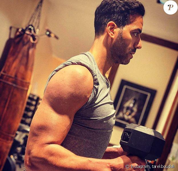 Tarek Boudali a dévoilé cette photo montrant sa transformation physique sur Instagram, le 30 décembre 2019.