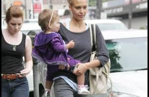 Jessica Alba : son accessoire de mode préféré ? Sa fille Honor !