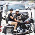 Kristin Cavallari de The Hills fait un tour en Harley Davidson avec Matt Leinart - le quaterback des Arizona Cardinals - à Malibu, le 31 juillet 2009