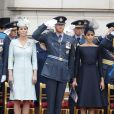 Le prince William, duc de Cambridge, Kate Catherine Middleton, duchesse de Cambridge, le prince Harry, duc de Sussex, Meghan Markle, duchesse de Sussex (habillée en Dior Haute Couture par Maria Grazia Chiuri) - La famille royale d'Angleterre lors de la parade aérienne de la RAF pour le centième anniversaire au palais de Buckingham à Londres. Le 10 juillet 2018