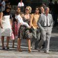 Renan Luce et Lolita se sont mariés le 31 juillet 2009 sous les yeux de leurs amis et de Romane, Renaud et du petit Malone !