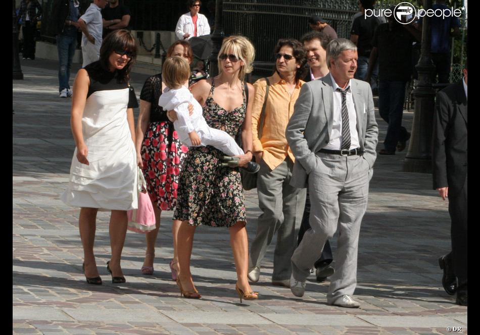 renan luce et lolita se sont maris le 31 juillet 2009 sous les yeux de leurs amis et de romane renaud et du petit malone - Renan Luce Mariage