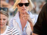 Kate Moss, comblée, sillonne Saint-Tropez avec son homme et une amie... le sosie d'une jeune femme connue !