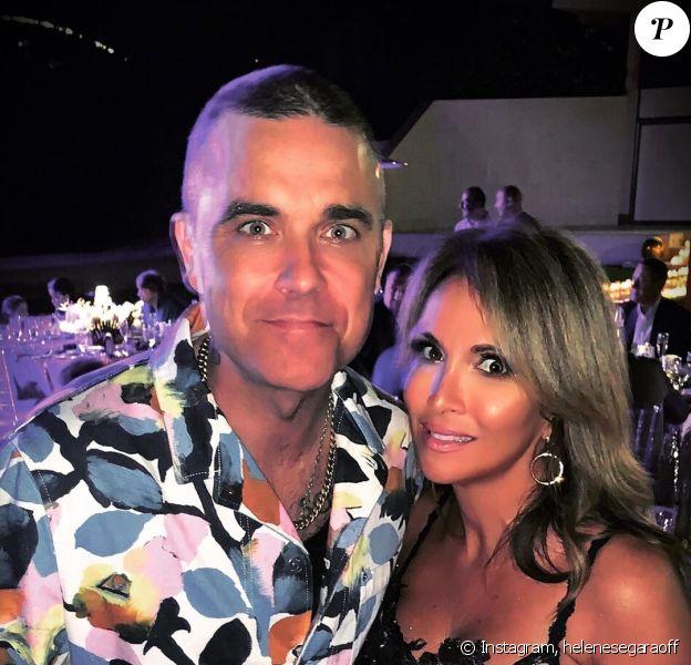 Hélène Ségara a partagé des photos d'elle avec Robbie Williams et sa femme à l'occasion d'une soirée organisée par WW. Instagram, le 20 janvier 2020.