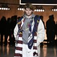 Jordan Barrett défile pour Tommy Hilfiger (collection Tommy x Lewis, en collaboration avec Lewis Hamilton) lors de la Fashion Week de Londres. Le 16 février 2020.