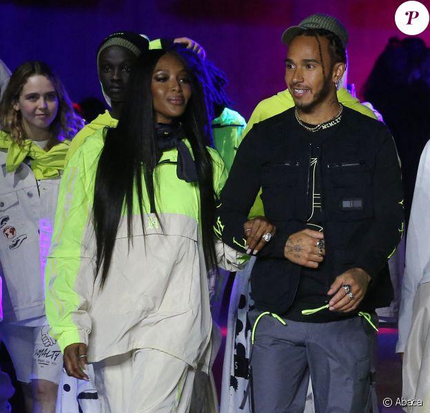 Naomi Campbell et Lewis Hamilton lors du défilé Tommy Hilfiger (collection Tommy x Lewis, en collaboration avec Lewis Hamilton) lors de la Fashion Week de Londres. Le 16 février 2020.