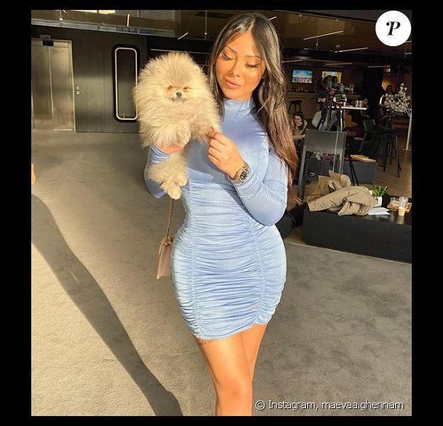 Maeva (Les Marseillais) avec son petit chien Hermès - Instagram, 13 février 2020