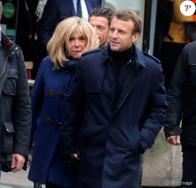 Emmanuel Macron et sa femme Brigitte passent le week-end de la Toussaint à Honfleur dans le Calvados. Le 2 novembre 2019.