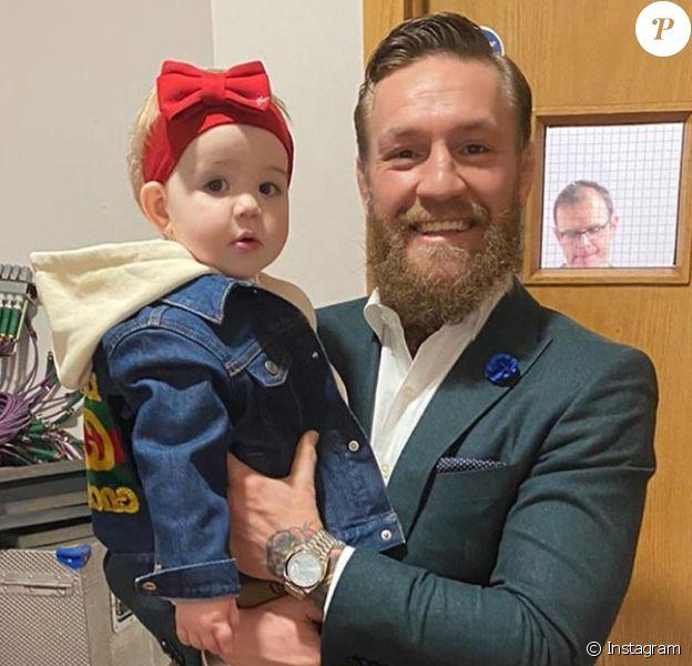 Conor McGregor avec sa fille Croia en mars 2020 à Dublin, photo Instagram