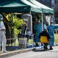 Illustration des tentes et des structures d'urgence des Hôpitaux civils de la ville de Brescia (Italie) face à l'épidémie du coronavirus le 10 mars 2020.