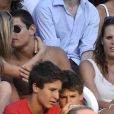 Laure Manaudou : quand son frère préfère embrasser sa douce plutôt que regarder la compétition ! le 26 juillet 2009