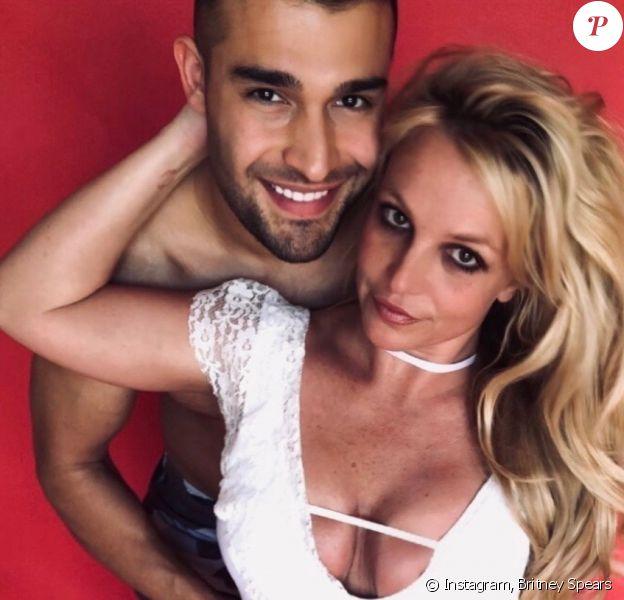 Britney Spears et son compagnon Sam Asghari. Mars 2020.