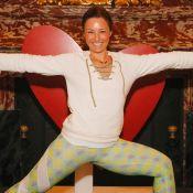 Natasha St-Pier : Dans toutes les positions pour du yoga spécial confinement