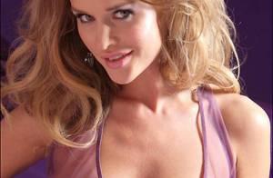La bombe Joanna Krupa quasiment toute nue... et sous toutes les coutures !