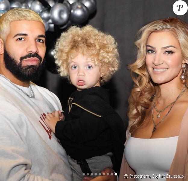 Drake, Sophie Brussaux et leur fils Adonis. Mars 2020.