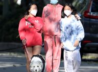 Laeticia Hallyday et ses filles de sortie : masquées, elles profitent du soleil