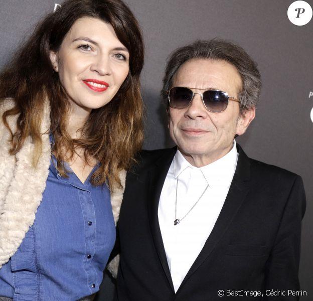 Exclusif - Portrait de Philippe Manoeuvre et sa femme Candice de la Richardière à Paris, le 4 février 2019. © Cédric Perrin/Bestimage