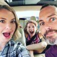 Leslie Grossman, Jon Bronson et leur fille Goldie. Juin 2016.