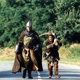 """Jean Reno et Christian Clavier dans le film """"Les Visiteurs"""" en 1993."""