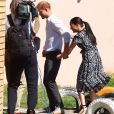 Le prince Harry, duc de Sussex, et Meghan Markle, duchesse de Sussex quittent le township de Nyanga, Afrique du Sud. Le 23 septembre 2019