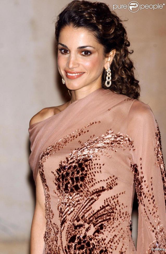 Rania de Jordanie sait toujours comment se mettre en valeur, la preuve !
