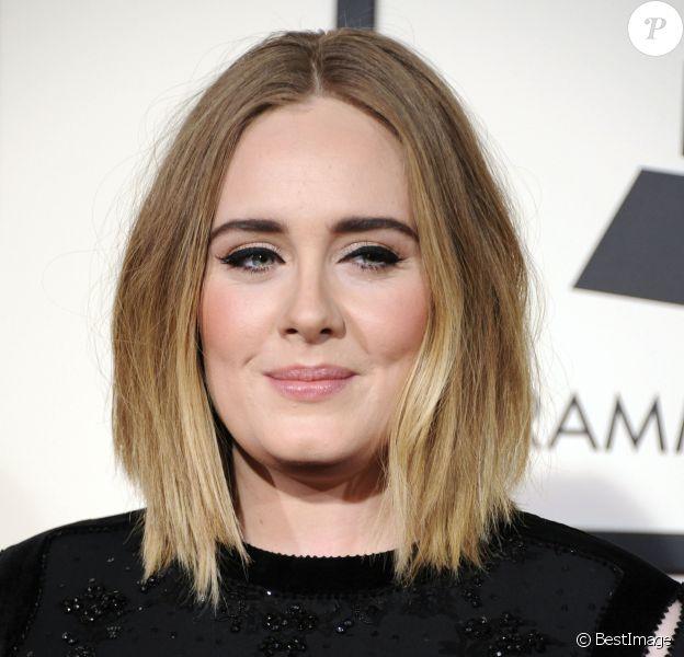 Adele - La 58e soirée annuelle des Grammy Awards au Staples Center à Los Angeles, le 15 février 2016.