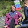 """Exclusif - Patrick Puydebat - Reprise du tournage de la série """"Les Mystères de l'amour"""" à Cergy-Pontoise (Val d'Oise) après 2 mois d'arrêt dû au confinement en pleine épidémie de Coronavirus Covid-19 le 14 mai 2020."""